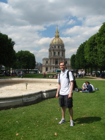Tyler In front of Napoléon's Tomb