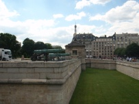 Les Invalides green canon