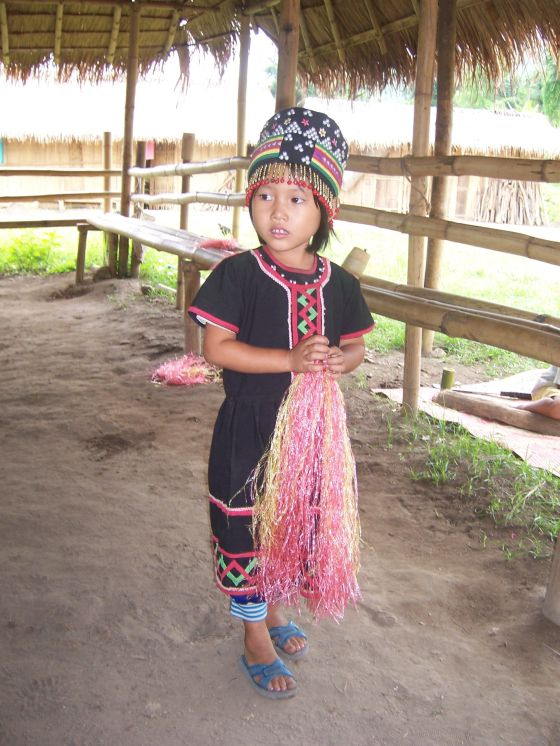 We also visited the Lahu tribe who reside right next to the Long Neck Karen tribe. Here's a little girl from Lahu.